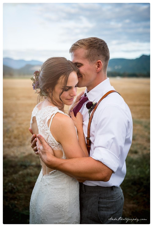 Anda Photography Bellingham wedding photographer Maplehurst Wedding lifestyle wedding photographer Seattle Wedding Photographer_00160