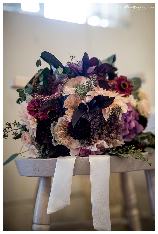 Anda Photography Bellingham wedding photographer Maplehurst Wedding lifestyle wedding photographer Seattle Wedding Photographer_0021