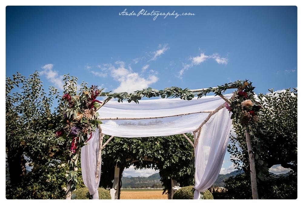 Anda Photography Bellingham wedding photographer Maplehurst Wedding lifestyle wedding photographer Seattle Wedding Photographer_0037