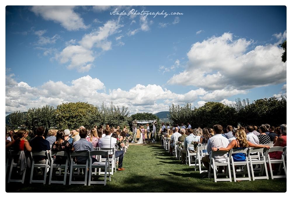 Anda Photography Bellingham wedding photographer Maplehurst Wedding lifestyle wedding photographer Seattle Wedding Photographer_0044