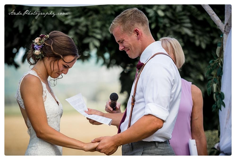 Anda Photography Bellingham wedding photographer Maplehurst Wedding lifestyle wedding photographer Seattle Wedding Photographer_0052