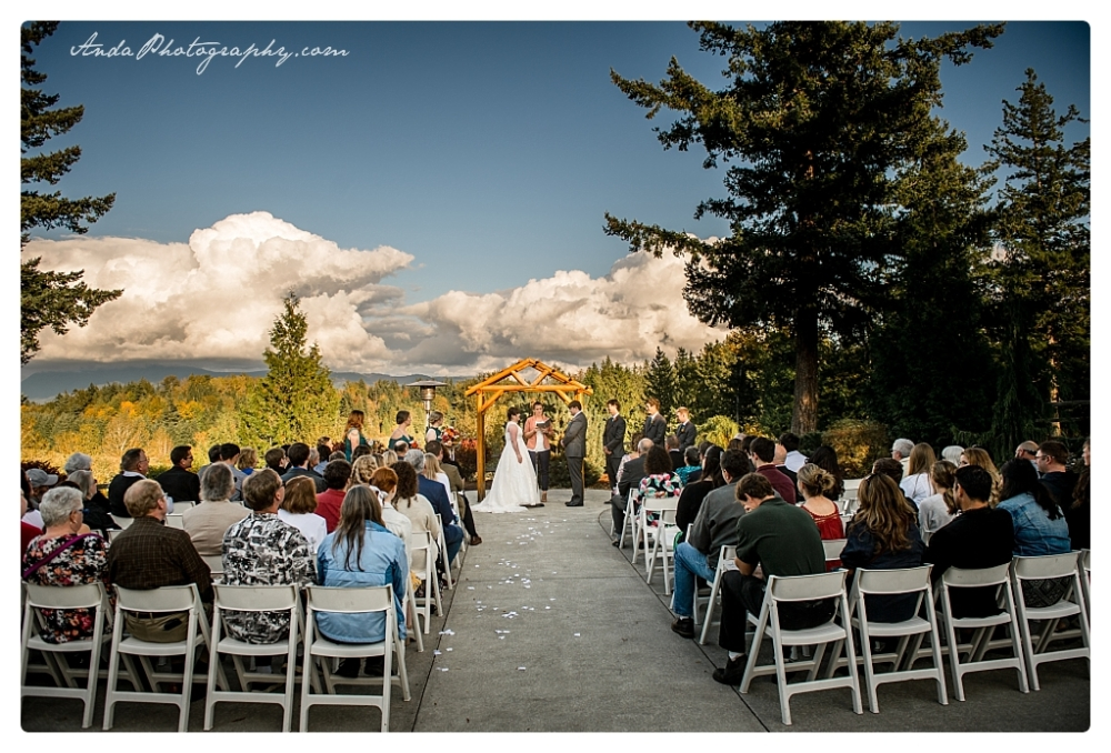 Anda Photography Bellingham wedding photographer Shuksan Golf Club Wedding lifestyle wedding photographer Seattle Wedding Photographer_0034