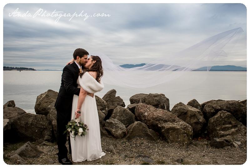 Bellingham Wedding Photographer Seattle wedding photography Squalicum Boathouse wedding Anda Photography_0029