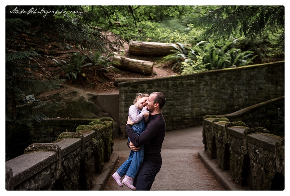 Anda Photography, Bellingham family photographer, Whatcom Falls Park family photos_0010